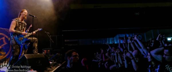 Ensiferum Batschkapp 2016 - Petri Lindroos - Publikum